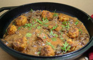 Vegetarian Baked Potato Ball Curry