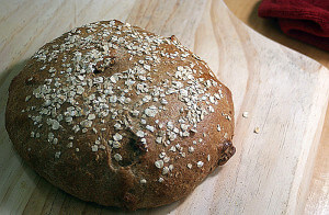Oatmeal Walnut Bread {Whole Food, Vegan}