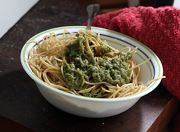 Quick Spinach Pesto Recipe: This Week's Cravings