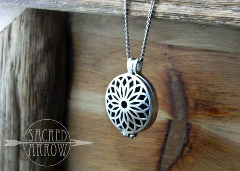 Mother's Day diffuser necklace