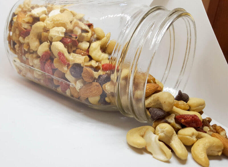 Ningxia Wolfberries Trail Mix | @VeggieConverter