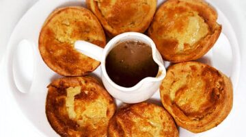 Vegetarian Yorkshire Pudding with Mushroom Gravy